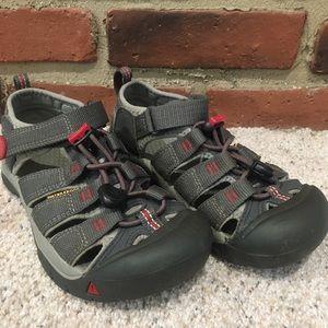 Grey Keen Sandals sz 1